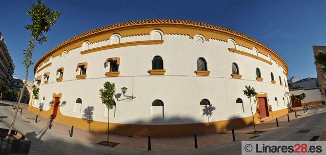 3J Jaén se compromete a mejorar la accesibilidad de la plaza de toros