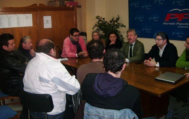 Faescom92 se reúne con el Partido Popular para buscar soluciones