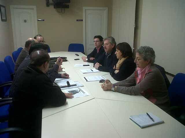 Trabajadores de FASUR se reúnen con el PP para intercambiar propuestas