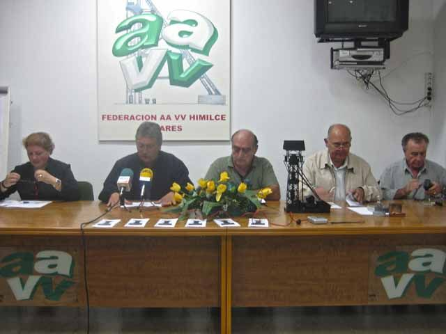 La Junta de Andalucía distingue a diez colectivos y personas de la provincia