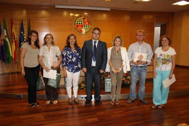 La Universidad de Jaén premia el esfuerzo divulgador de sus investigadores