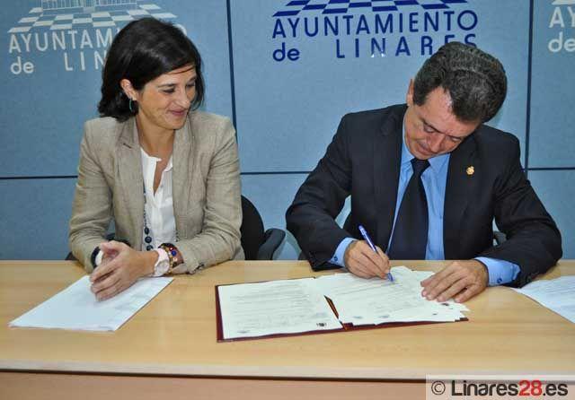 Convenio entre el Ministerio de Sanidad, Política Social e Igualdad y el Ayuntamiento de Linares