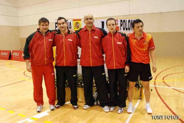 Rotunda victoria de la Selección Española de tenis de mesa en Linares