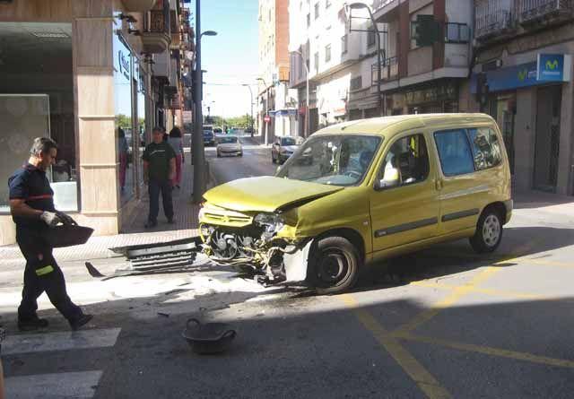 Accidente de tráfico en la calle Bailén