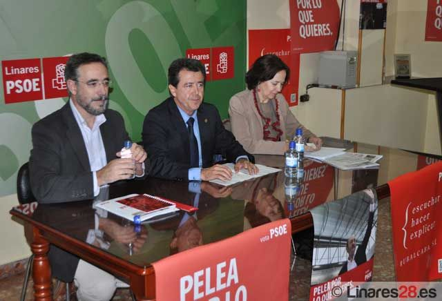 Acto electoral socialista en Linares