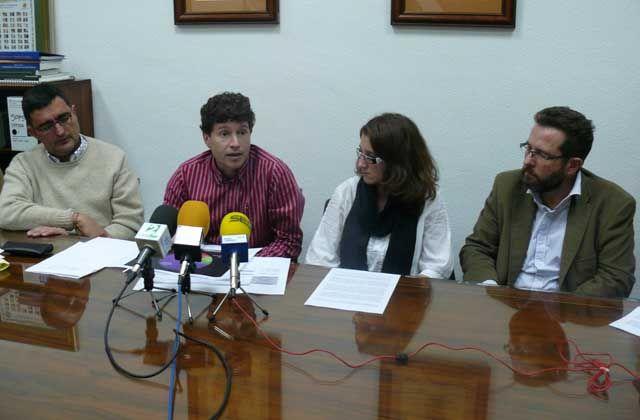 La Asamblea de la Escuela Politécnica Superior analiza la visita del consejero Ávila y anuncia su no disolución
