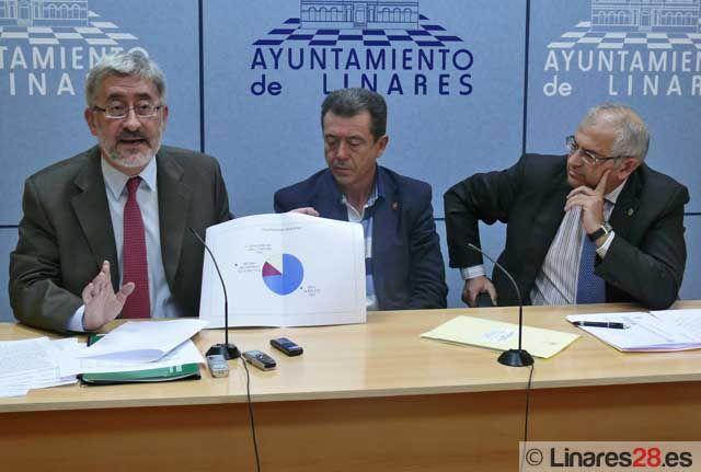 El Consejero de Economía de la Junta reitera su apoyo al Campus de Linares tras la aprobación ayer de nuevas ayudas