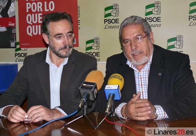 """Juan Sánchez responde a las críticas lanzadas por el sindicato CSIF acerca del """"lamentable estado"""" del Parque de Bomberos de Linares"""