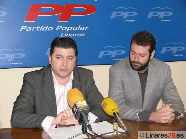 El Partido Popular sigue la línea de CSIF y critica el estado del Parque de Bomberos de Linares