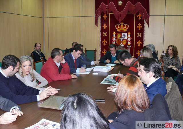 El Ayuntamiento de Linares aprueba solicitar una línea de crédito ICO para pagar deudas con proveedores