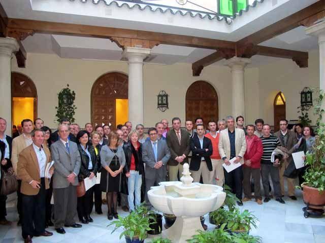 Diputación y Junta entregan Planes de Acción de Energía Sostenible a 56 municipios de la provincia