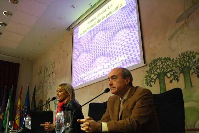 Una conferencia sobre Nanociencia sirve de clausura al programa de actividades del Año Internacional de la Química en la UJA