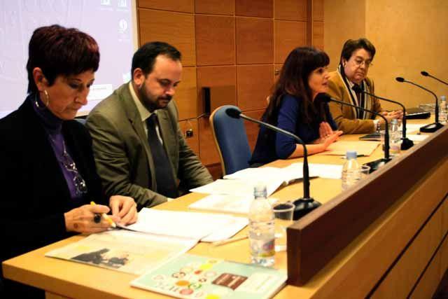 La Universidad de Jaén conmemora el Día Internacional contra la Violencia de Género con una charla con profesionales del ámbito de la protección de las mujeres en la provincia