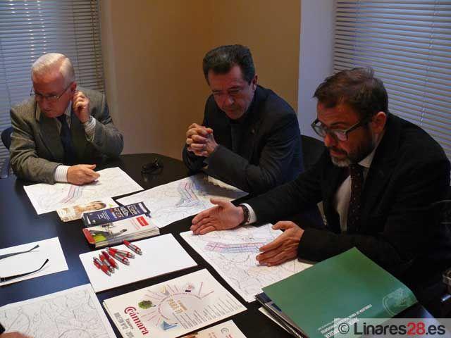 Junta, Ayuntamiento y Cámara de Comercio mantienen reuniones de trabajo sobre el Puerto Seco de Linares