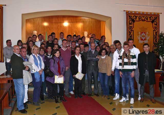 Entrega de diplomas para el alumnado de la Escuela-Taller y del Taller de Empleo de Linares