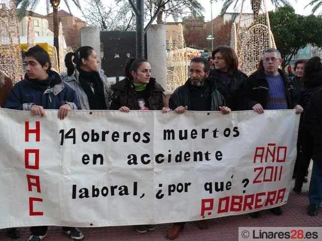 La Hermandad Obrera de Acción Católica se concentra en protesta por las muertes en accidente laboral
