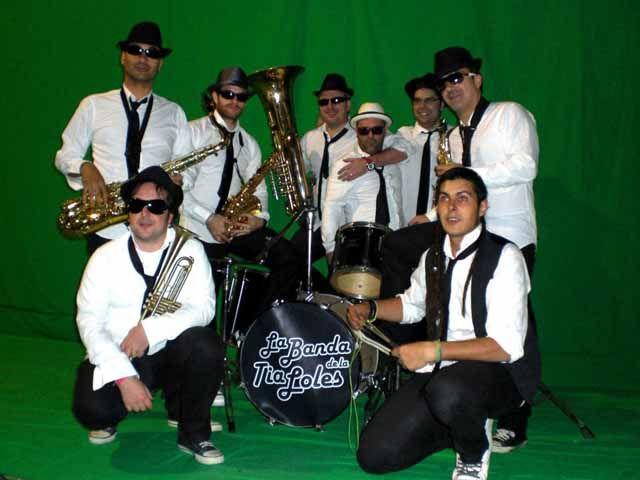 La Banda de la Tía Loles felicita la Navidad a Andalucía en televisión