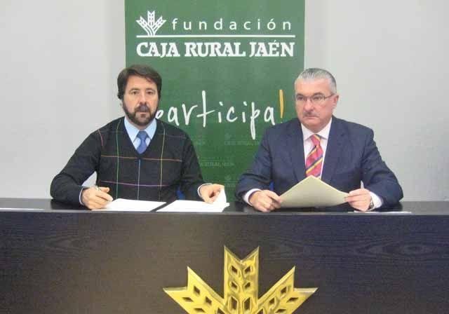 Firman un convenio de colaboración entre la Fundación Caja Rural de Jaén y el Club de Fondo La Cabria