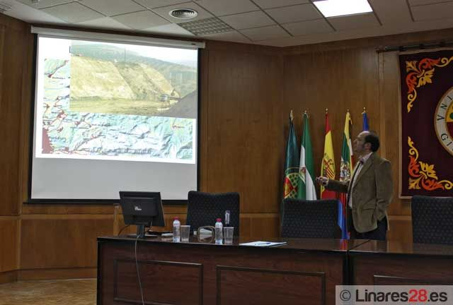 Charla sobre deslizamientos en infraestructuras viarias andaluzas en la EPSL