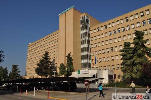El Hospital San Agustín de Linares atiende cuatro nacimientos al día en la Unidad de Maternidad