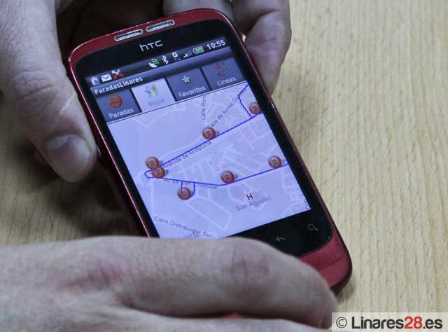 Presentan una aplicación para móviles, del servicio de autobuses urbanos de Linares
