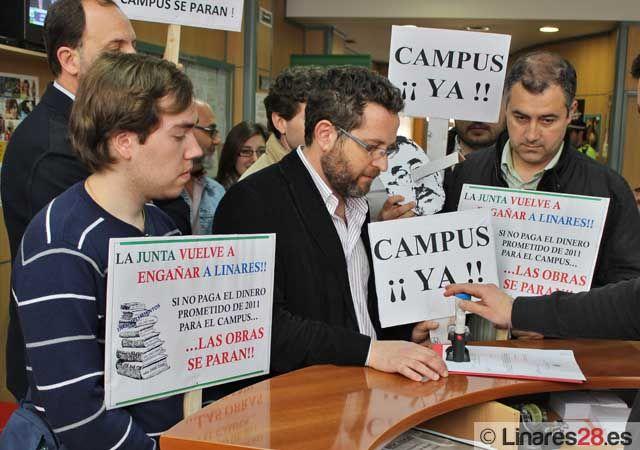 La Asamblea de la EPSL traslada su descontento al Ayuntamiento