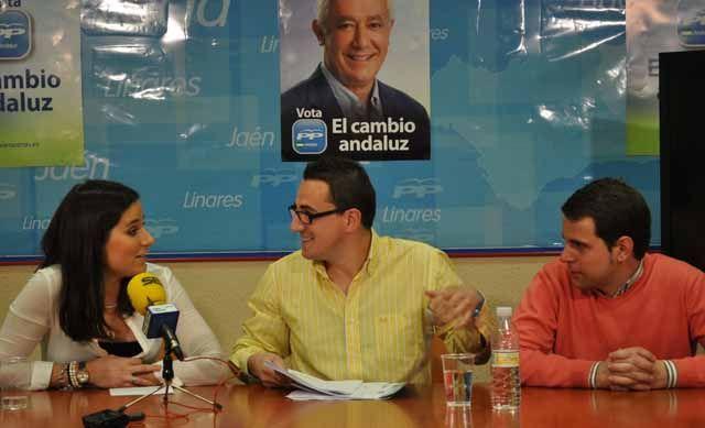 """Roberto Moreno: """"El PP-A contempla en su programa 77 medidas destinadas a los jóvenes andaluces"""""""
