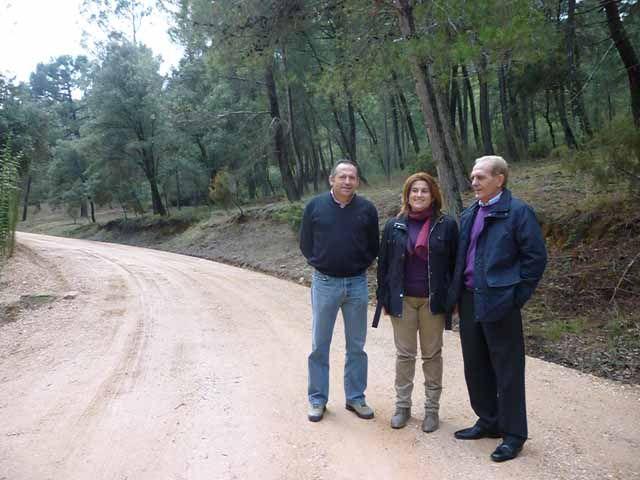 Medio Ambiente acomete la restauración de la zona afectada por el incendio provocado por el avión mili-tar en Segura de la Sierra