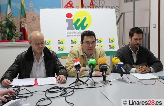 IU presenta su informe socio-económico y laboral de Linares