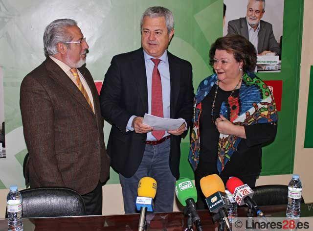 El senador y parlamentario andaluz Francisco Vallejo critica desde Linares los PGE para Jaén