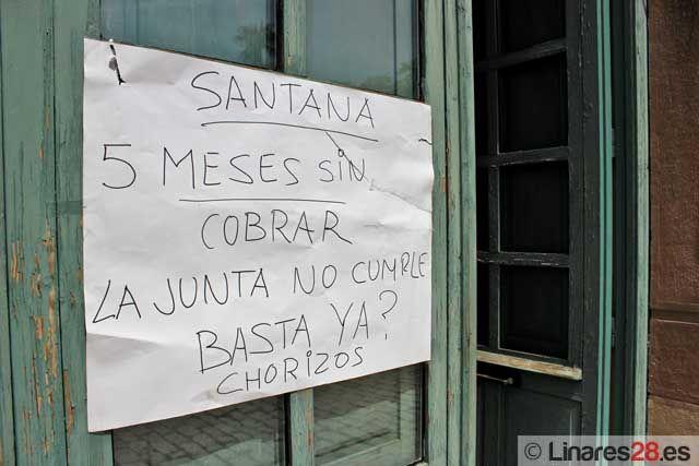 Sigue el encierro de extrabajadores de Santana en la Estación de Madrid