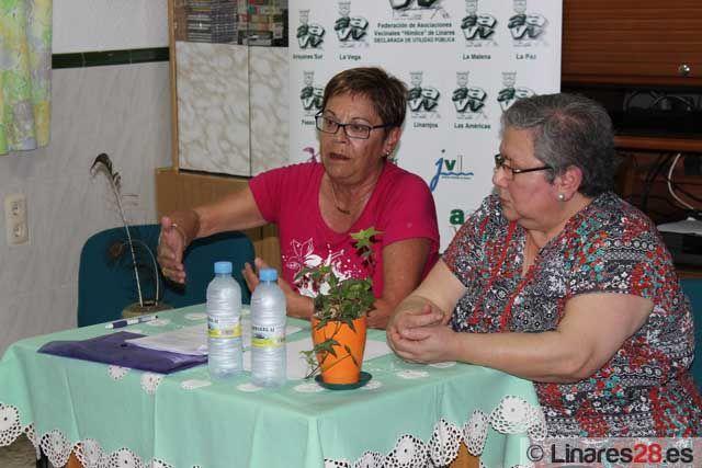 Conferencia sobre las mujeres en Linares