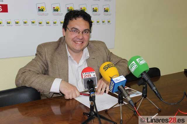 IU insiste en la defensa de lo público en el Ayuntamiento de Linares