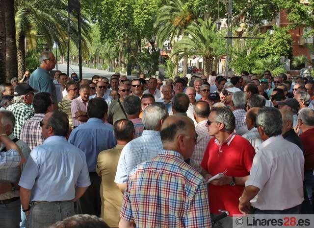 Los exsantaneros inician hoy una marcha hasta Sevilla