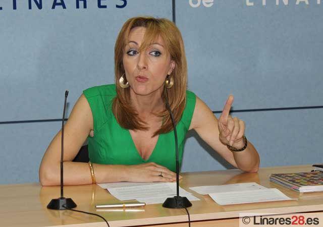 Carmen Domínguez afirma que a fecha de hoy la ley impide crear empleo público al Ayuntamiento de Linares