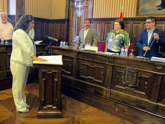El pleno aprueba por unanimidad el I Plan de Juventud, dotado con 300.000 euros y basado en más de 2.400 aportaciones