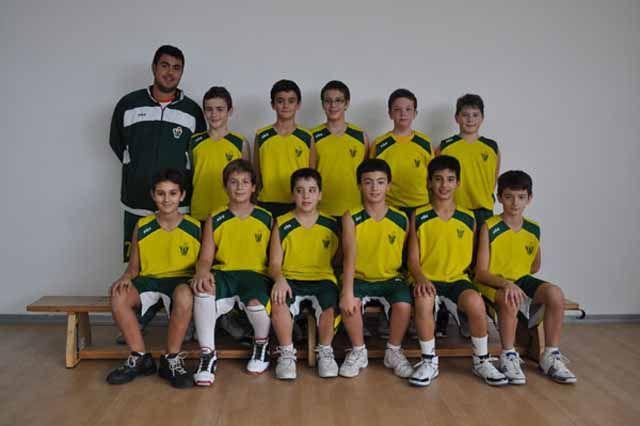 Los minis de CAB Linares clasificados para cuartos en el Campeonato de Andalucía de minis masculinos