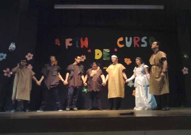 El taller de teatro del CEE Virgen de Linarejos termina su ciclo de representaciones este curso en SAFA