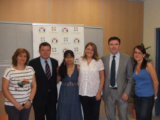 Mundo Solidario firma un convenio con la Obra Social de La Caixa