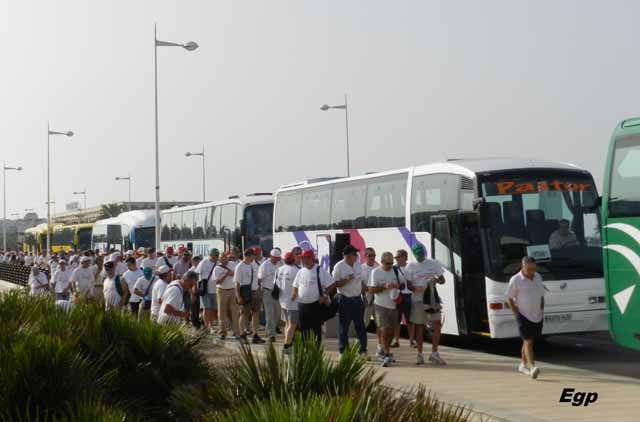 Los exsantaneros trasladan sus protestas a Almería