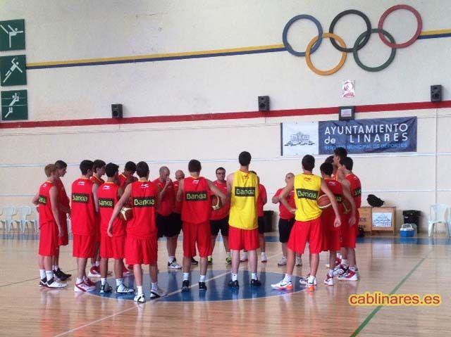 La Selección Española de baloncesto U18M ya está en Linares