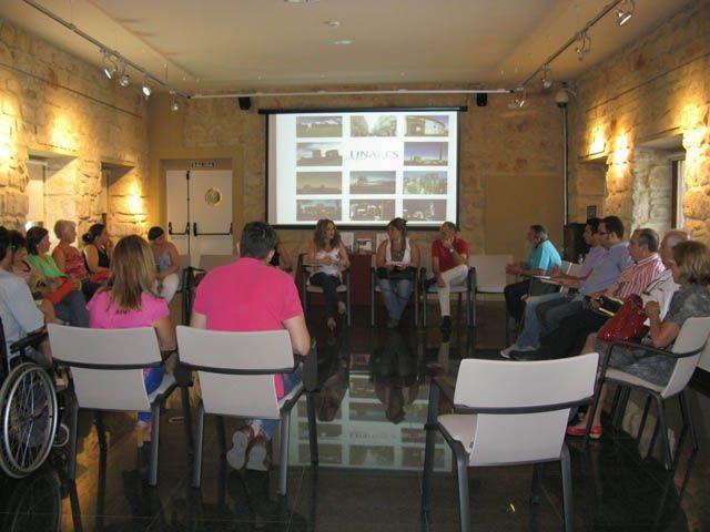 La Concejalía de Turismo reúne al sector turístico planteando herramientas útiles para potenciar Linares como destino turístico