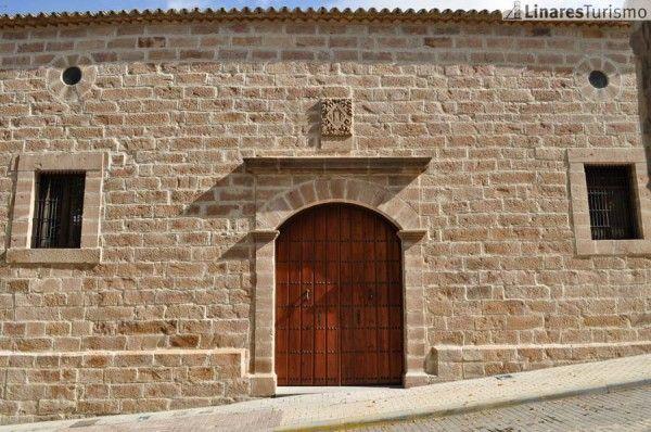 El Pósito alberga una exposición fotográfica sobre el patrimonio minero de Linares