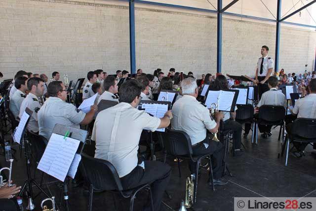 La Agrupación Musical interpreta el primero de los conciertos de feria
