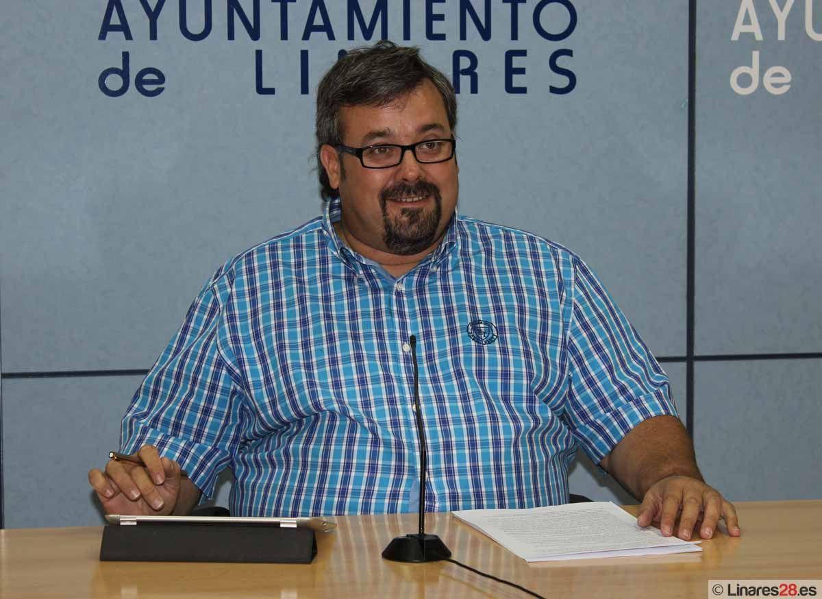 """Luis Moya califica la gestión del Ayuntamiento de """"totalmente honrada"""""""