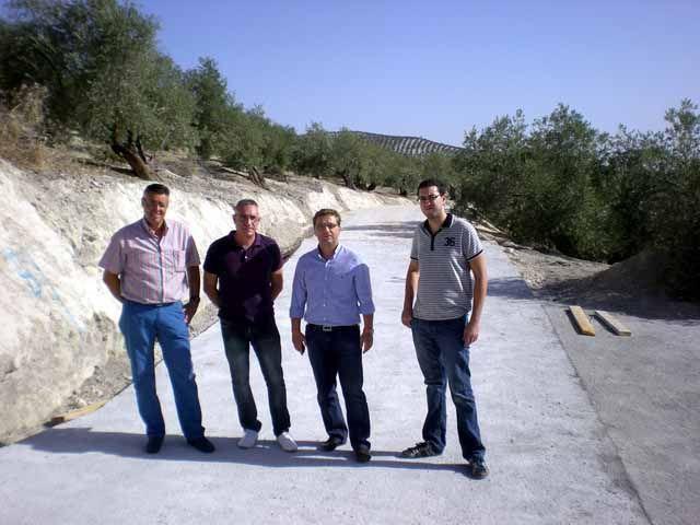 Diputación inicia la adecuación de caminos en Escañuela, Higuera de Calatrava, Torres de Albanchez, Espeluy y Cazalilla