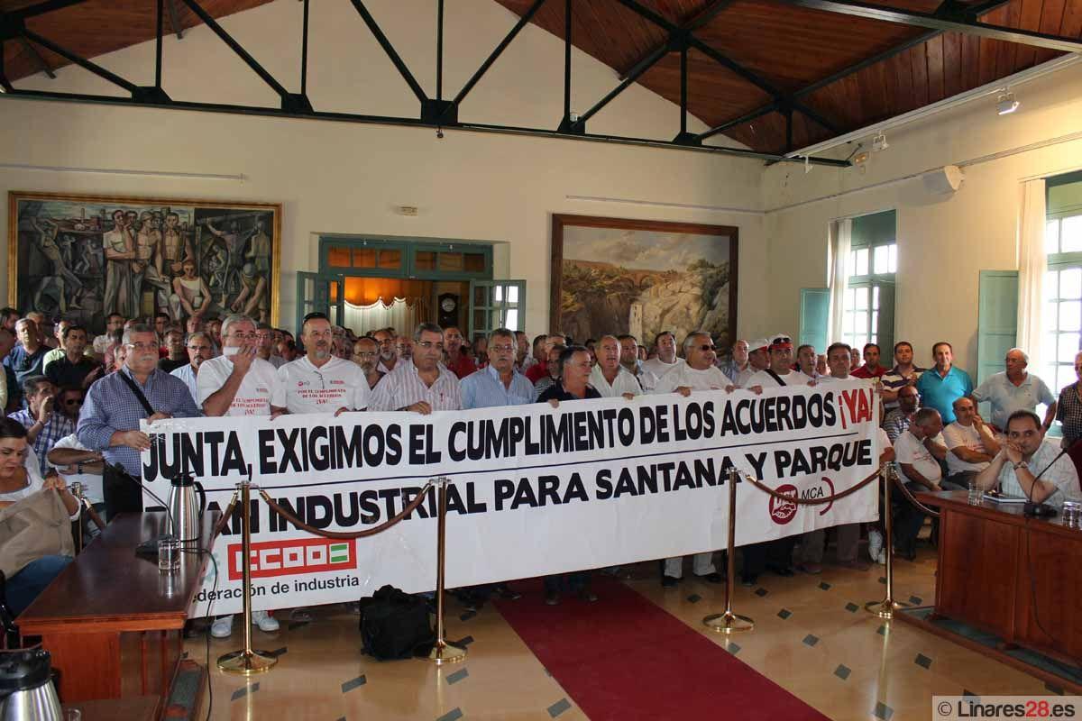 Los ex santaneros y su causa suspenden el pleno del Ayuntamiento de Linares