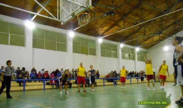 El Presentación Granada se lleva la victoria ante el CAB Linares