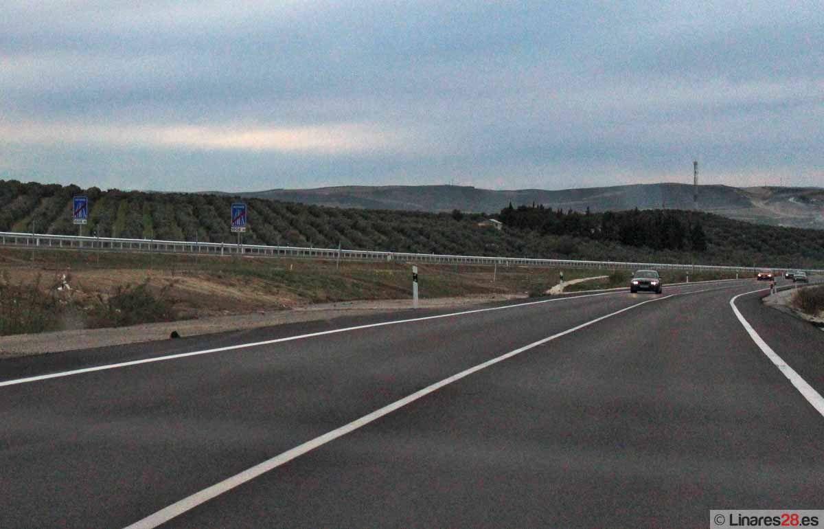 La ministra de Fomento Ana Pastor inaugura un nuevo tramo de la autovía Linares-Albacete