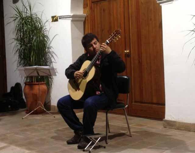 """Alexis Vallejos se proclama ganador de la XIX edición del Concurso Internacional de Guitarra Ciudad de Linares """"Andrés Segovia"""""""